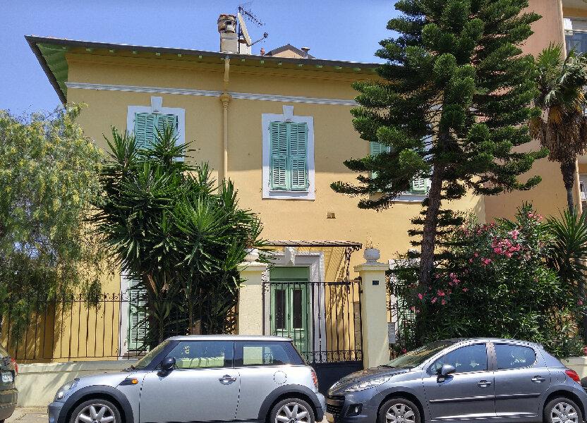 Appartement à louer 25.41m2 à Nice