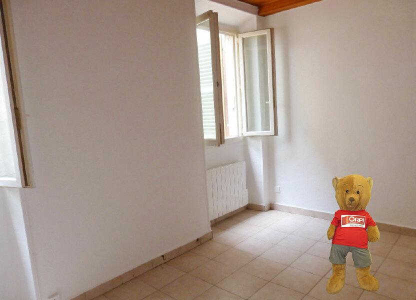 Appartement à louer 17m2 à Nice