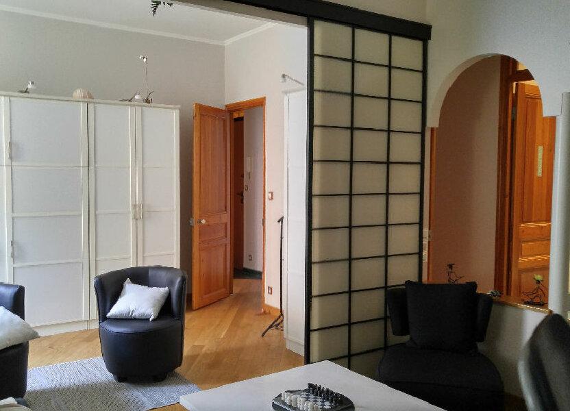 Appartement à louer 52.59m2 à Nice