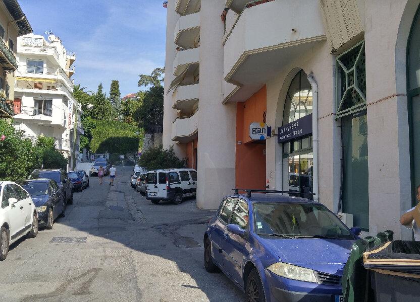 Stationnement à louer 14m2 à Nice