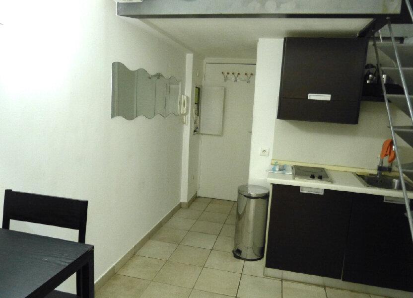 Appartement à louer 17.88m2 à Nice