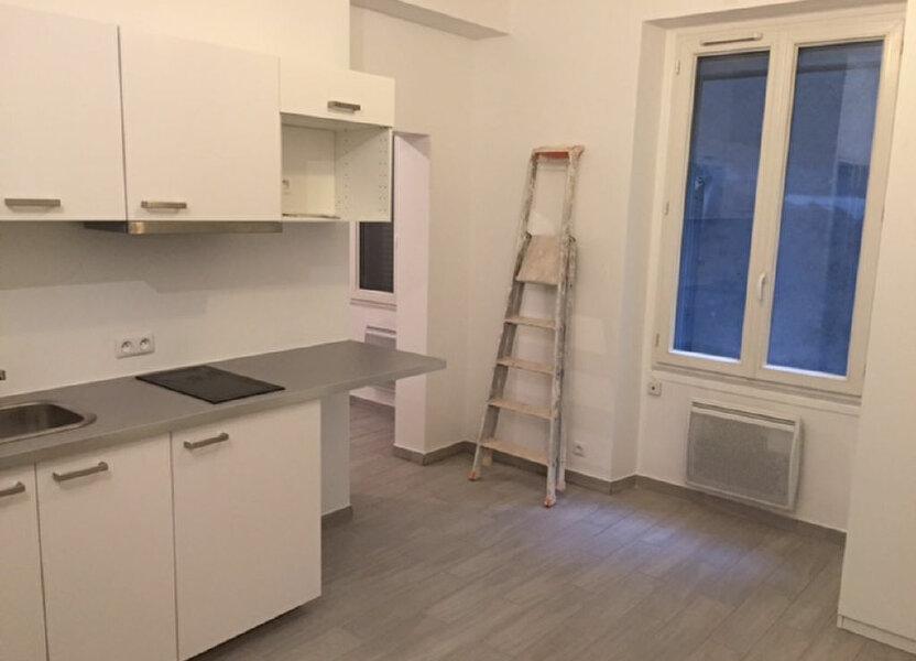 Appartement à louer 25m2 à Paris 10