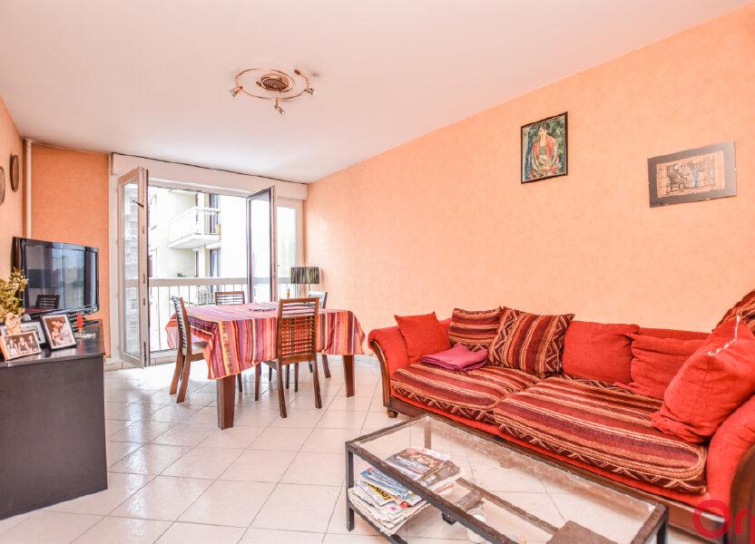 Appartement à vendre 65m2 à Saint-Ouen