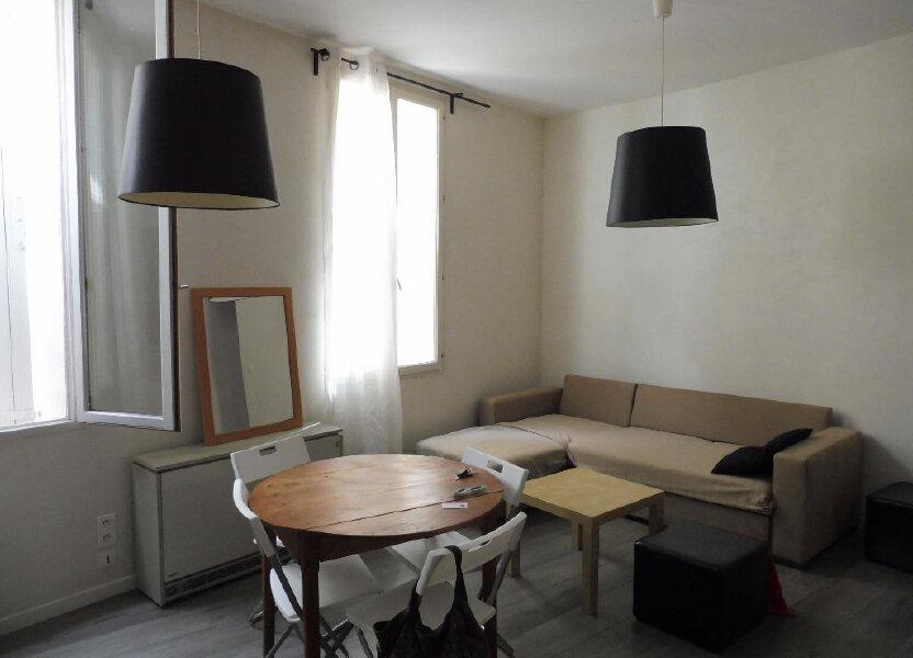 Appartement à louer 57m2 à Avignon