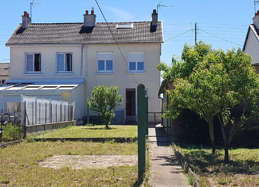 Maison à louer 74m2 à Saint-Cosme-en-Vairais