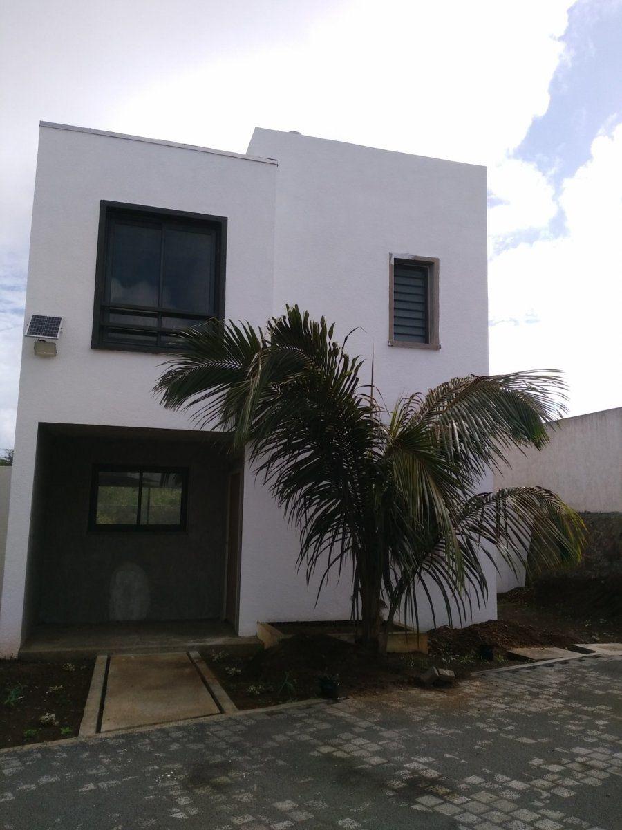 Maison à vendre 4 130.12m2 à Ile Maurice vignette-1