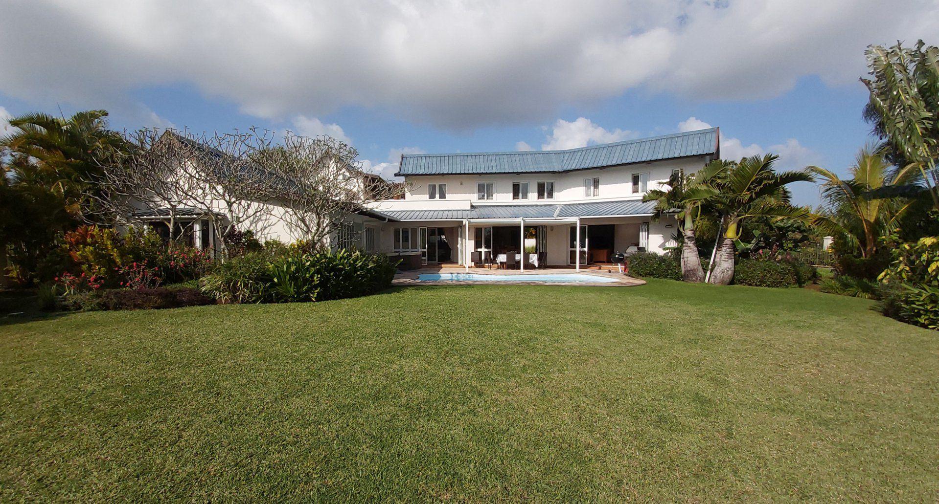 Appartement à louer 9 1500m2 à Ile Maurice vignette-1