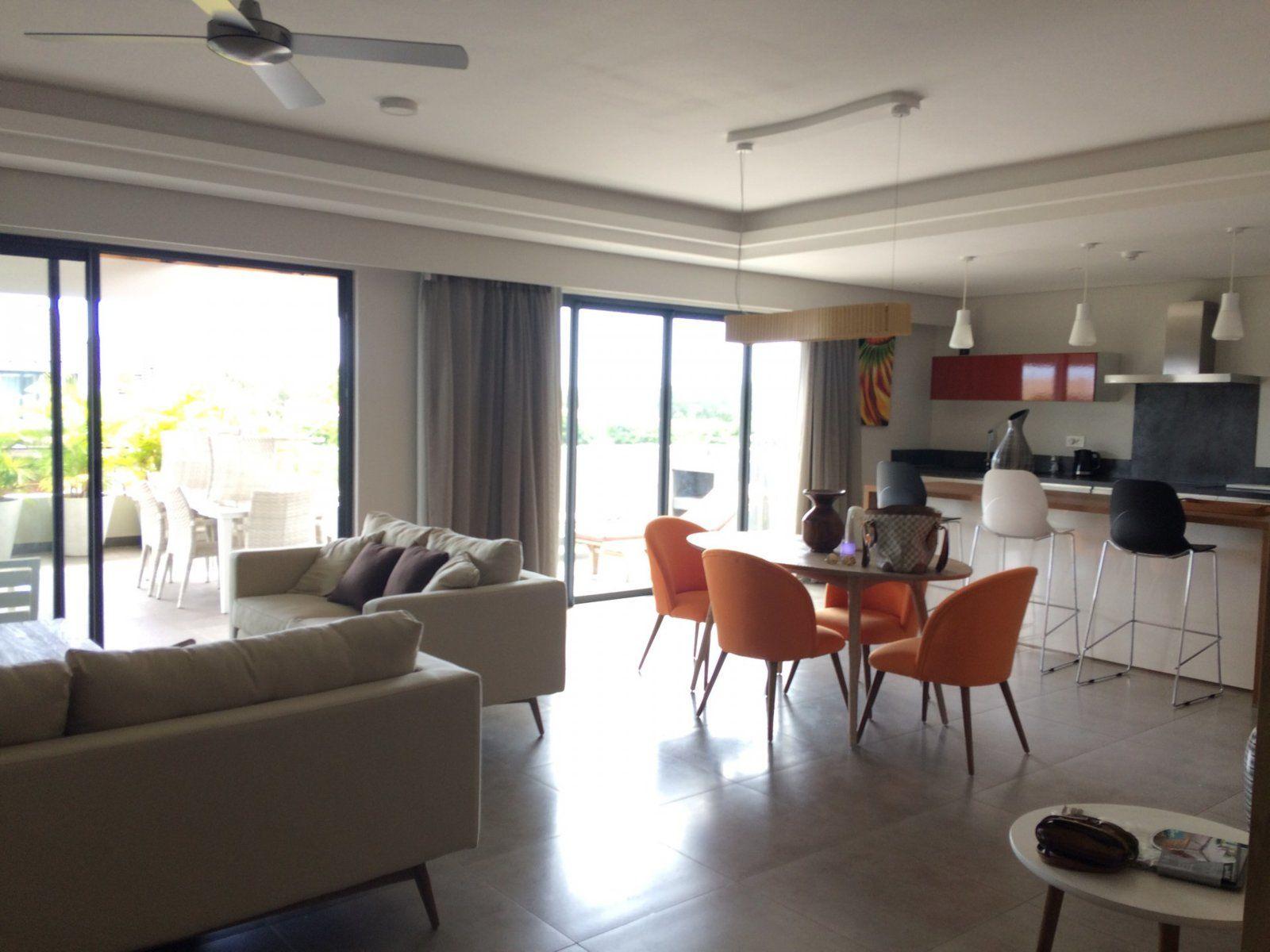 Appartement à louer 4 220m2 à Ile Maurice vignette-1