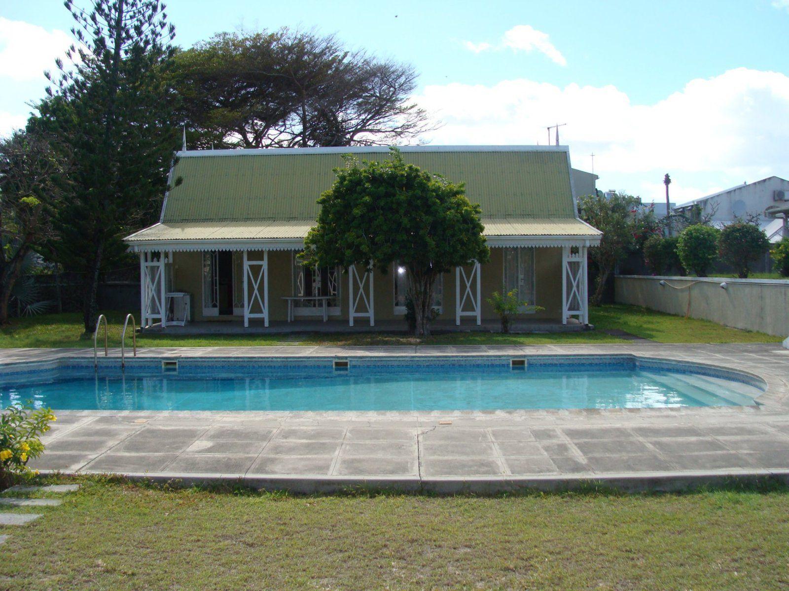 Immeuble à vendre 4 130m2 à Ile Maurice vignette-1