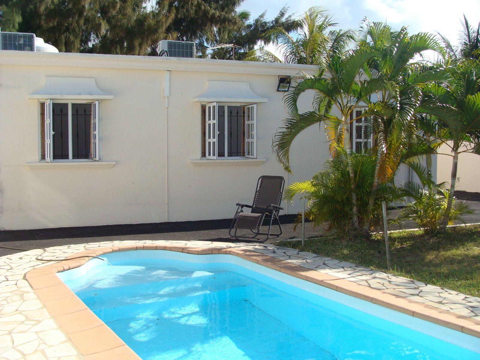 Maison à louer 4 120m2 à Ile Maurice vignette-1