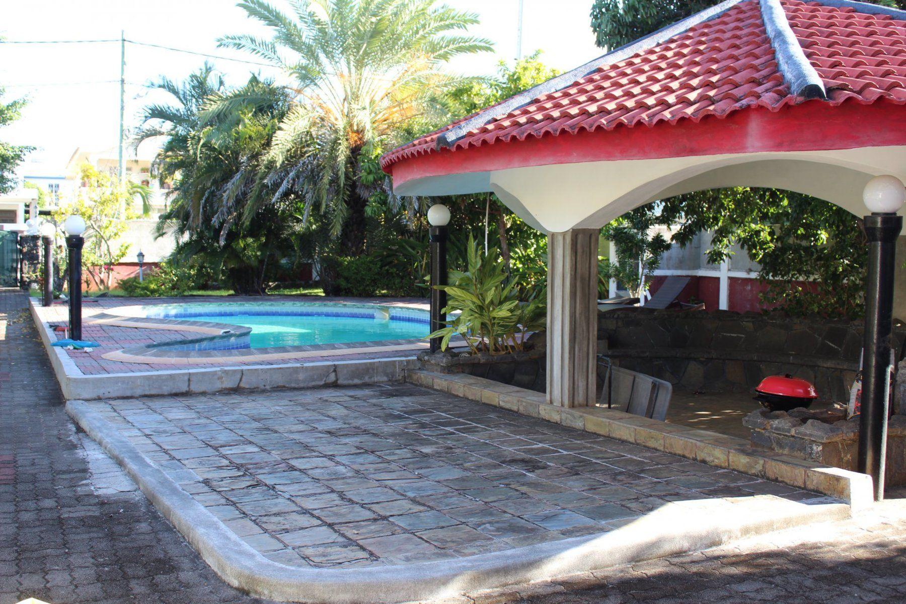 Maison à louer 9 800m2 à Ile Maurice vignette-5