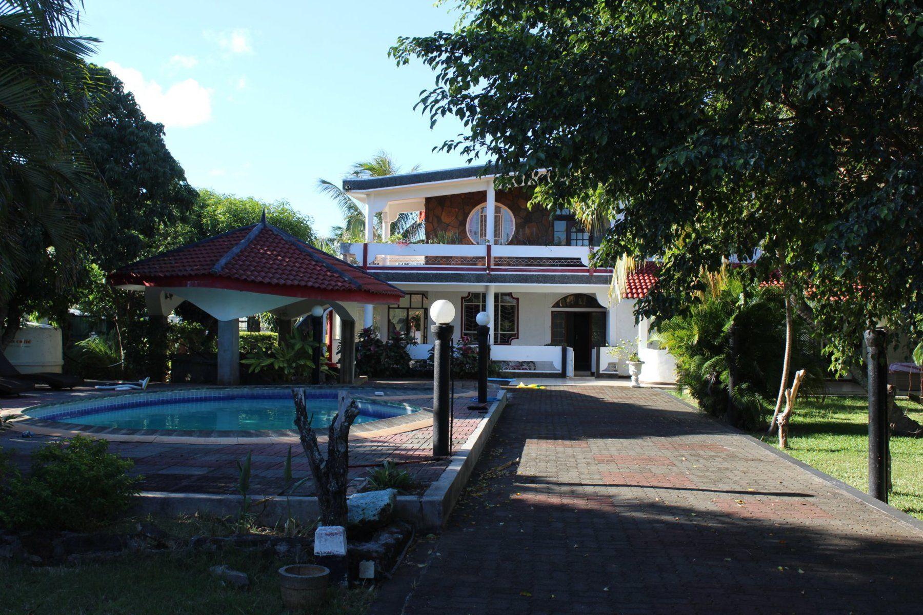 Maison à louer 9 800m2 à Ile Maurice vignette-2