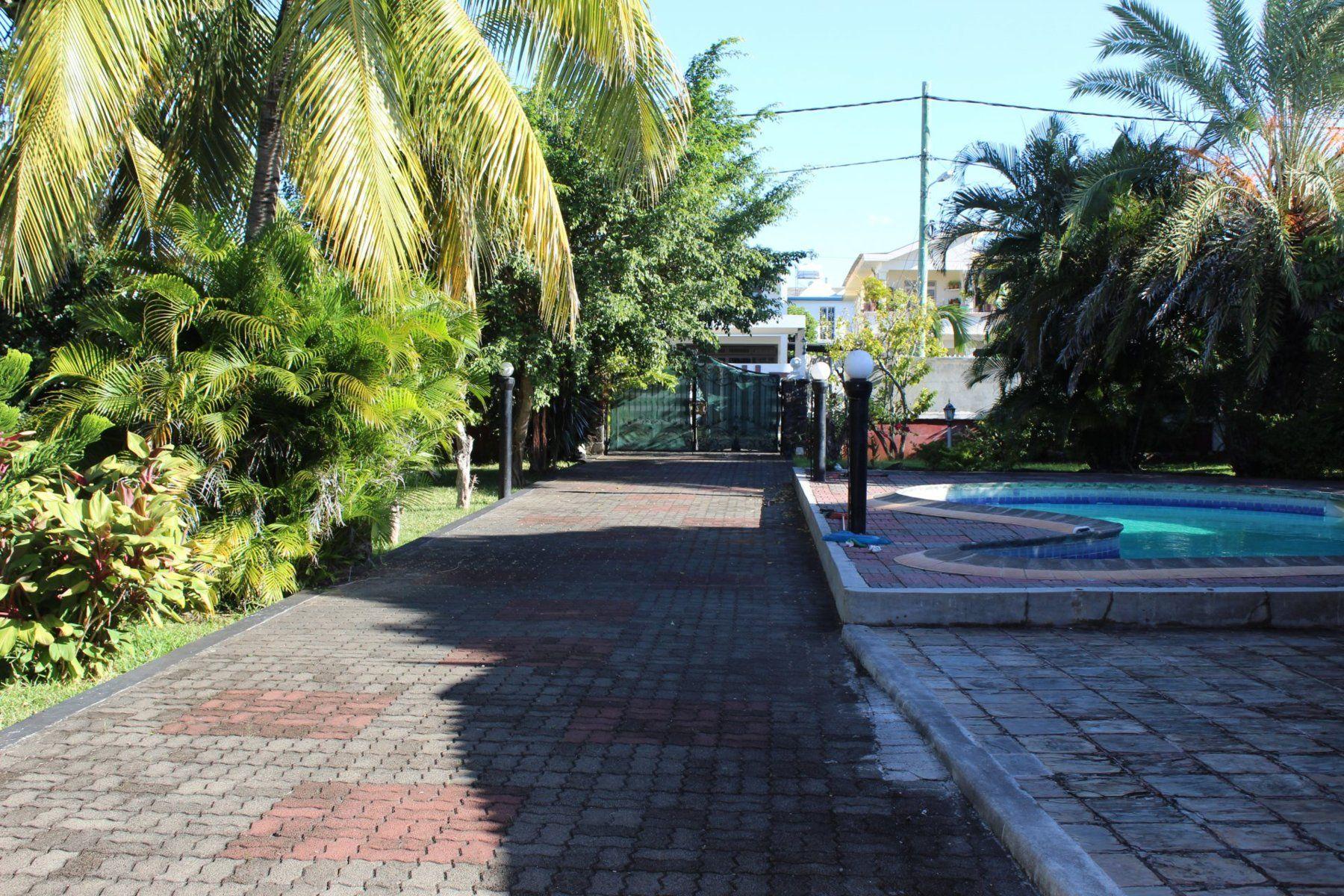 Maison à louer 9 800m2 à Ile Maurice vignette-6