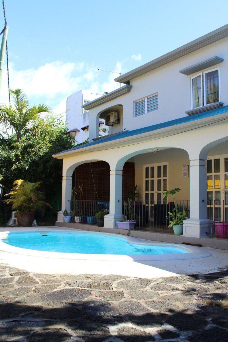 Maison à louer 5 350m2 à Ile Maurice vignette-1