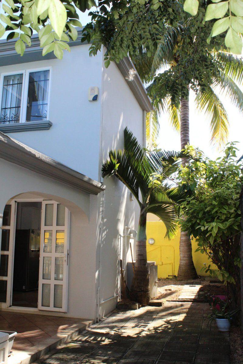 Maison à louer 5 350m2 à Ile Maurice vignette-7