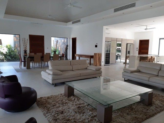 Maison à louer 7 1080m2 à Ile Maurice vignette-3