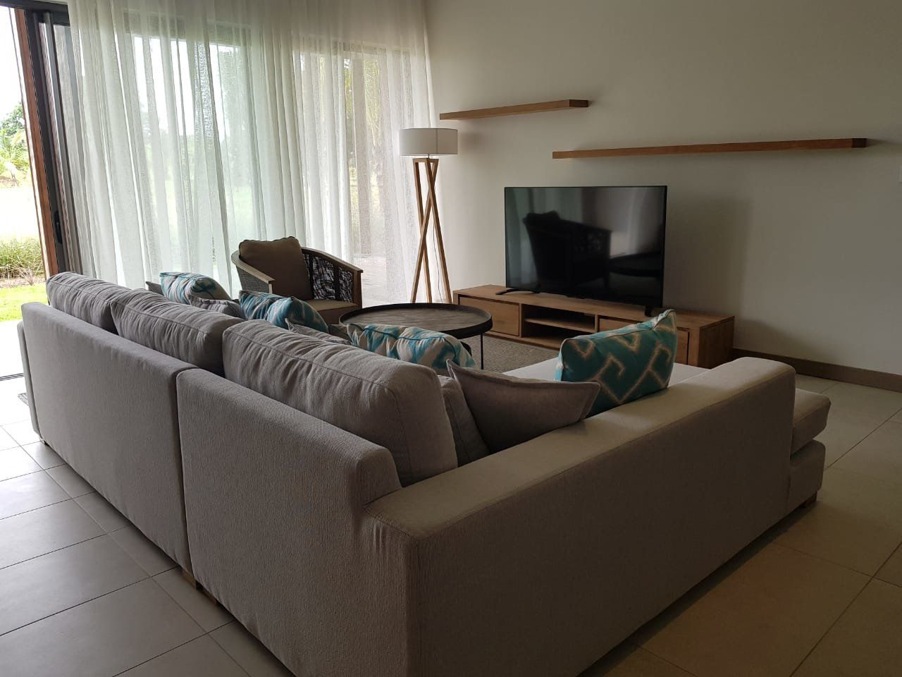 Appartement à louer 5 199m2 à Ile Maurice vignette-4