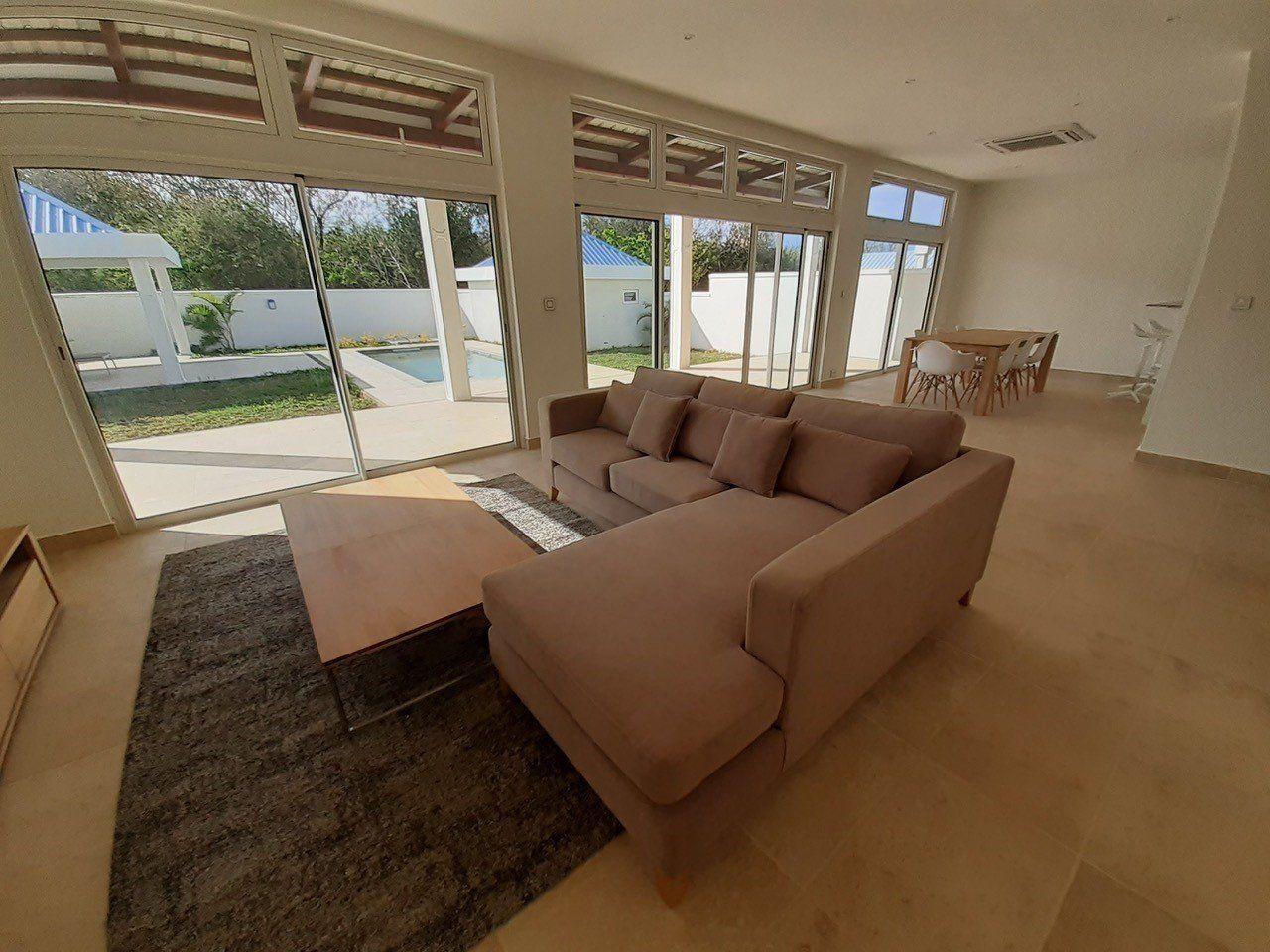 Maison à louer 6 760m2 à Ile Maurice vignette-1