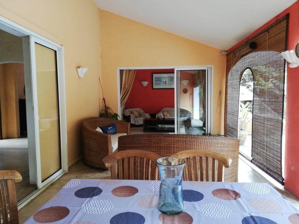 Maison à louer 4 250m2 à Ile Maurice vignette-9