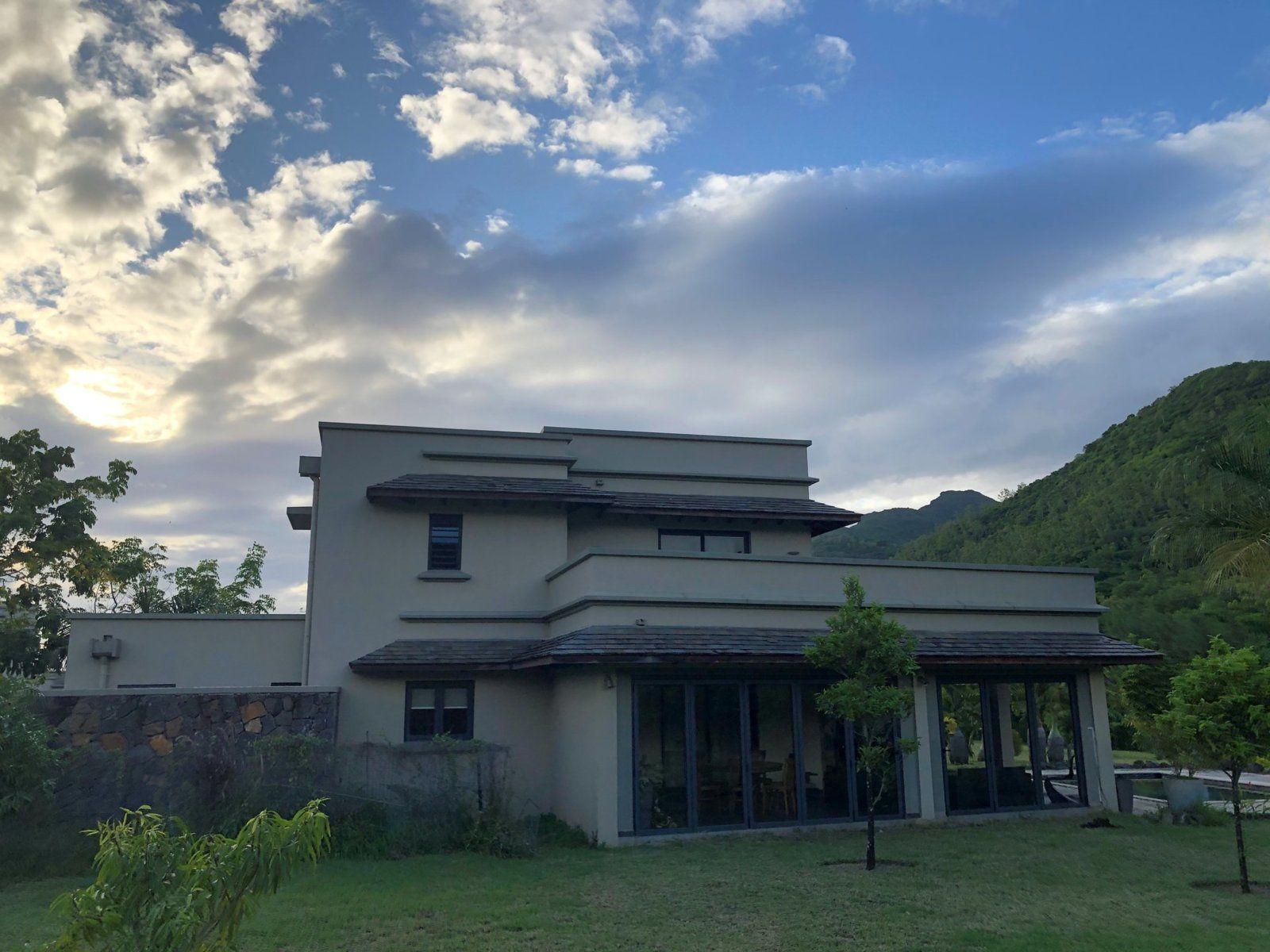 Maison à vendre 4 250m2 à Ile Maurice vignette-2