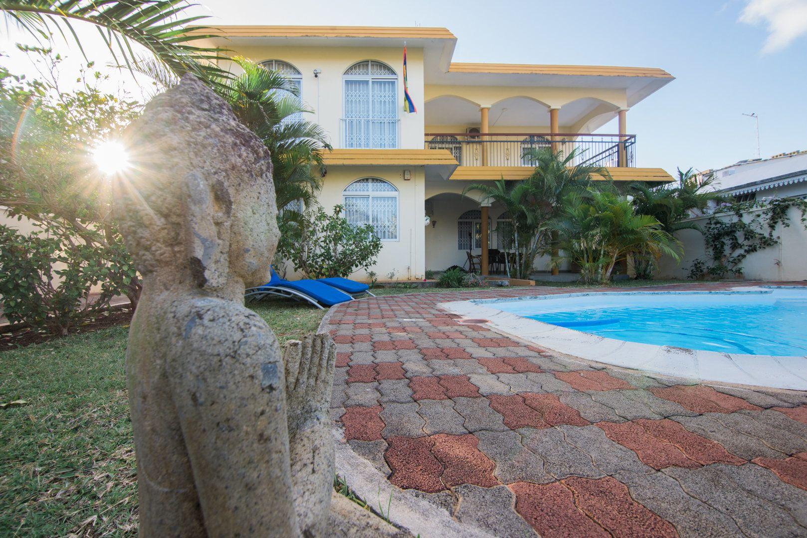Maison à louer 8 548.73m2 à Ile Maurice vignette-1