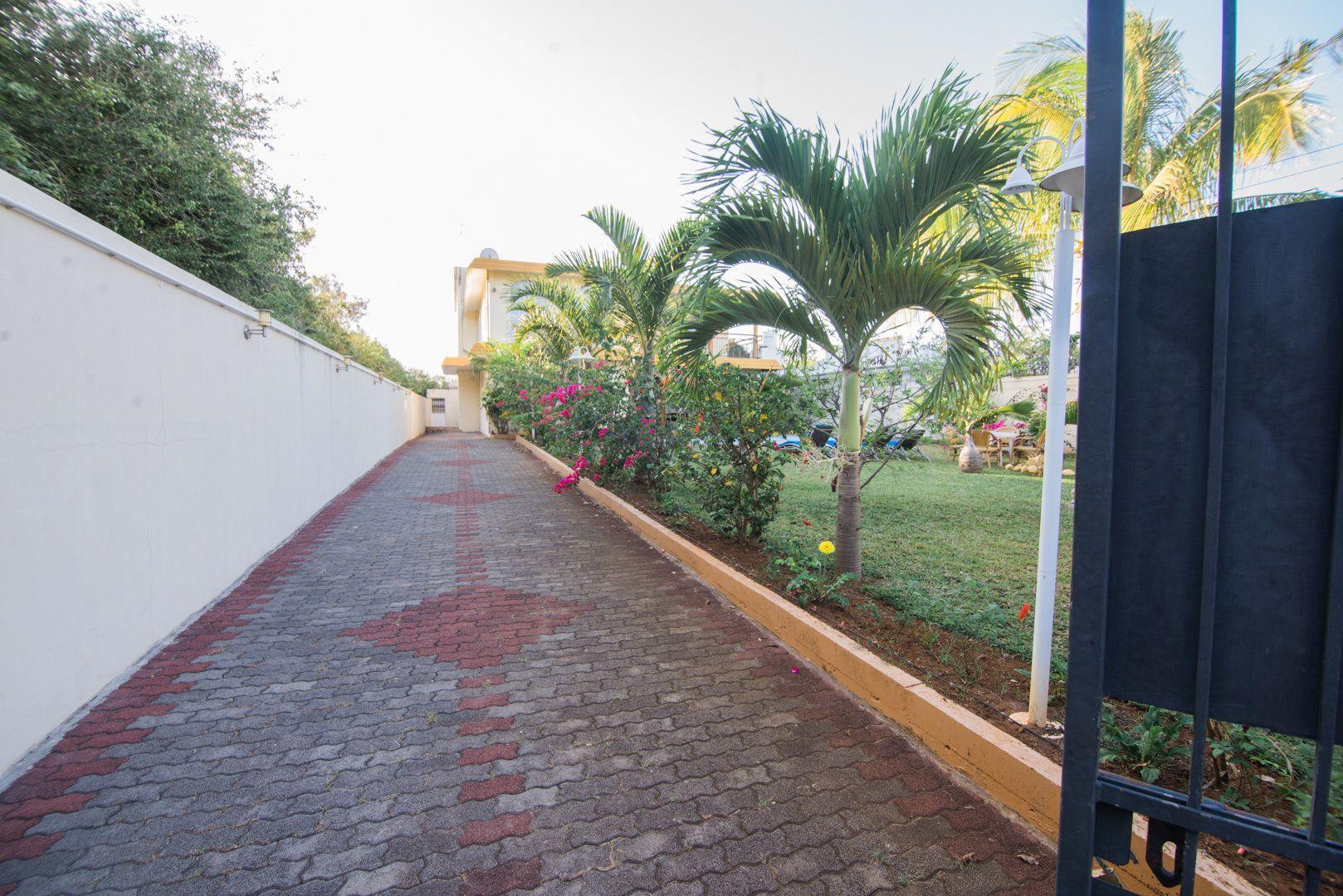 Maison à louer 8 548.73m2 à Ile Maurice vignette-15