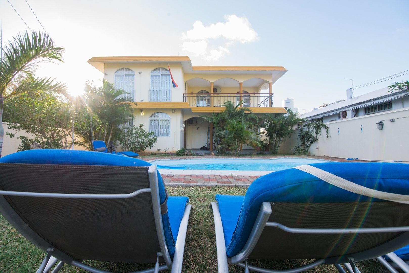 Maison à louer 8 548.73m2 à Ile Maurice vignette-2