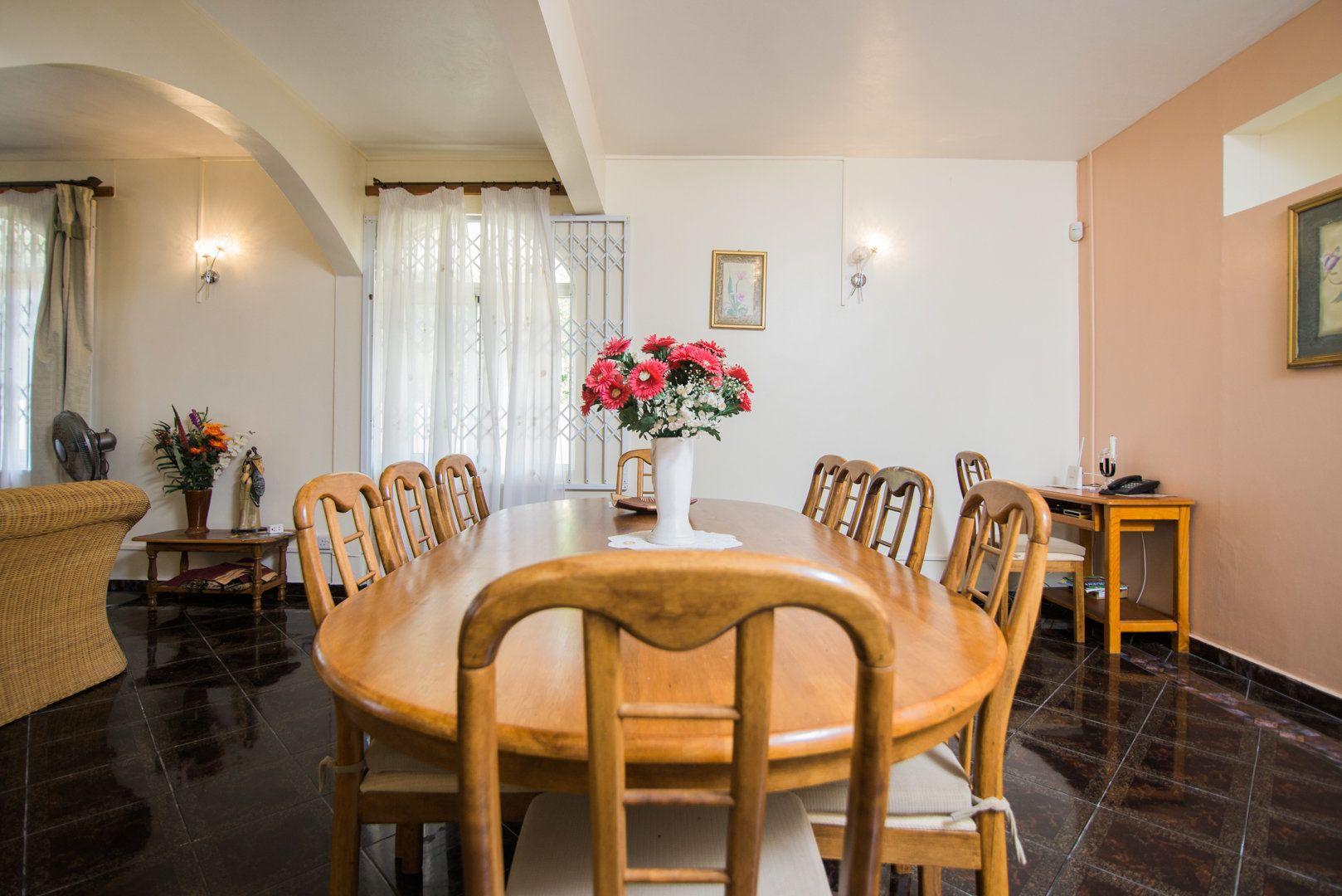 Maison à louer 8 548.73m2 à Ile Maurice vignette-4