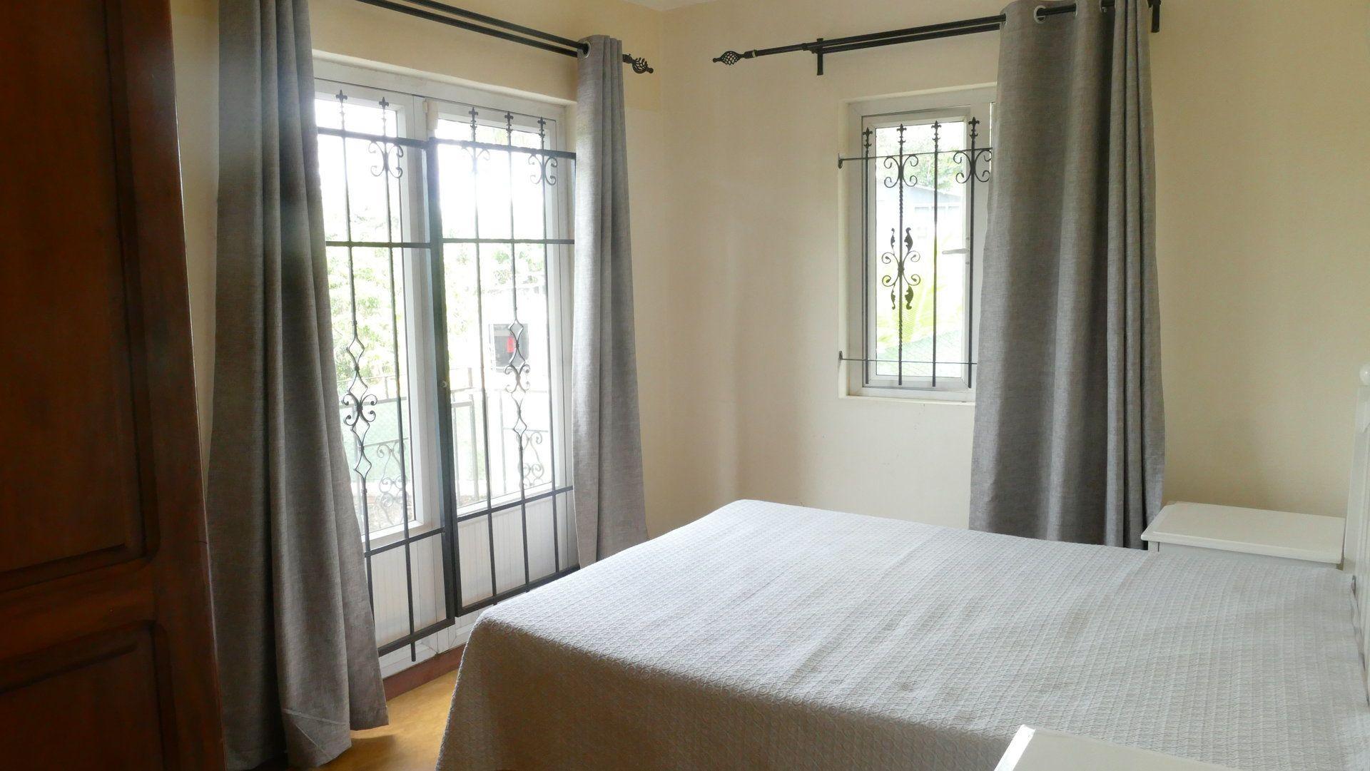 Appartement à louer 5 280m2 à Ile Maurice vignette-8