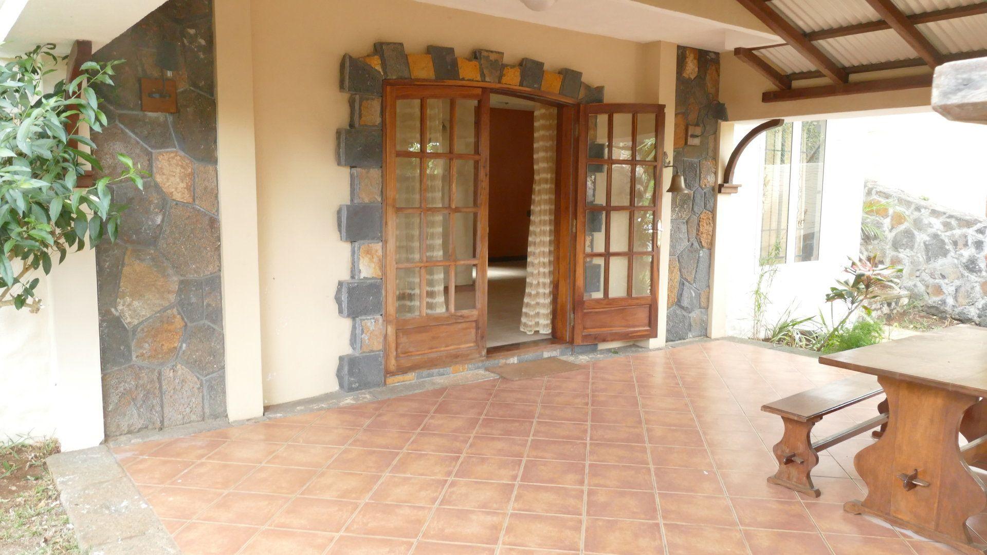 Appartement à louer 5 280m2 à Ile Maurice vignette-13