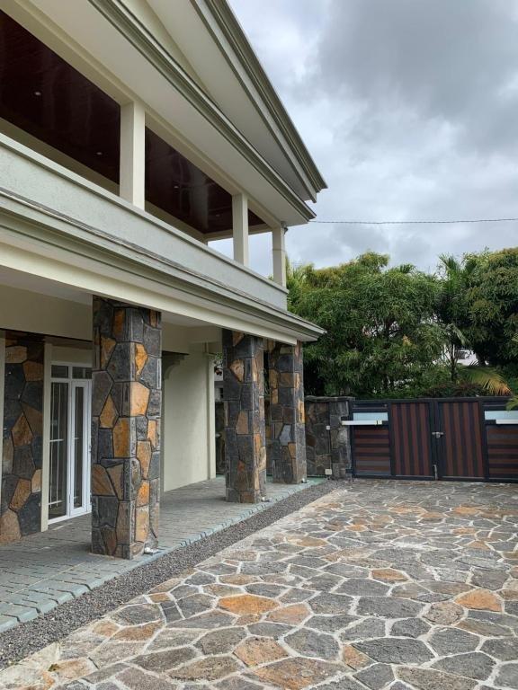 Appartement à louer 5 120m2 à Ile Maurice vignette-5