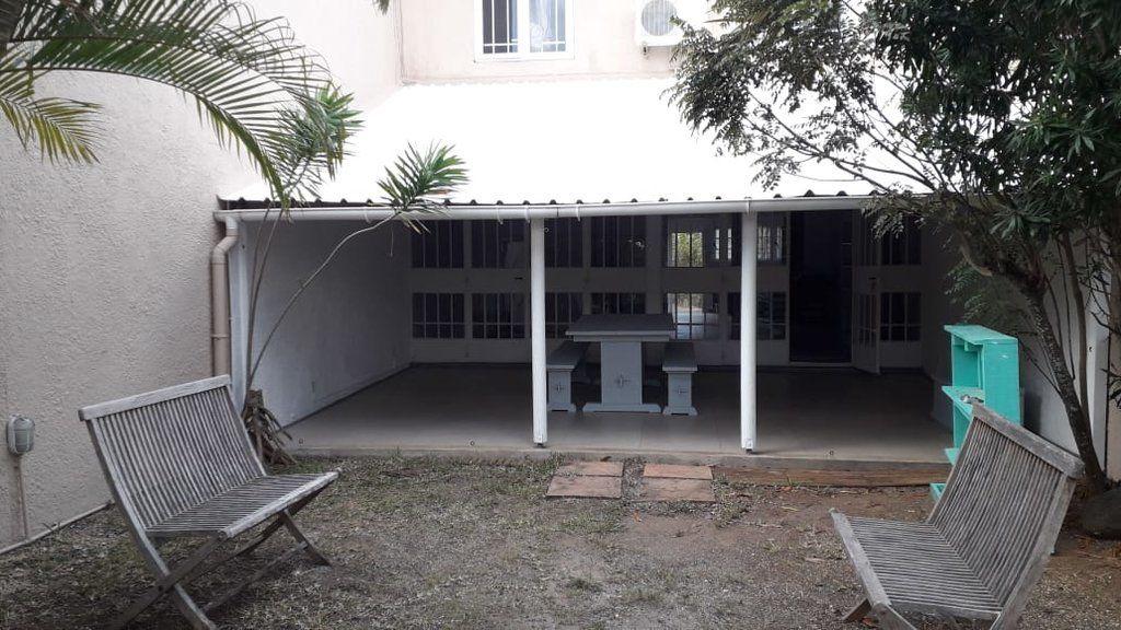 Maison à louer 5 110m2 à Ile Maurice vignette-23