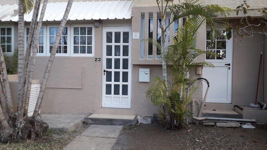 Maison à louer 5 110m2 à Ile Maurice vignette-20