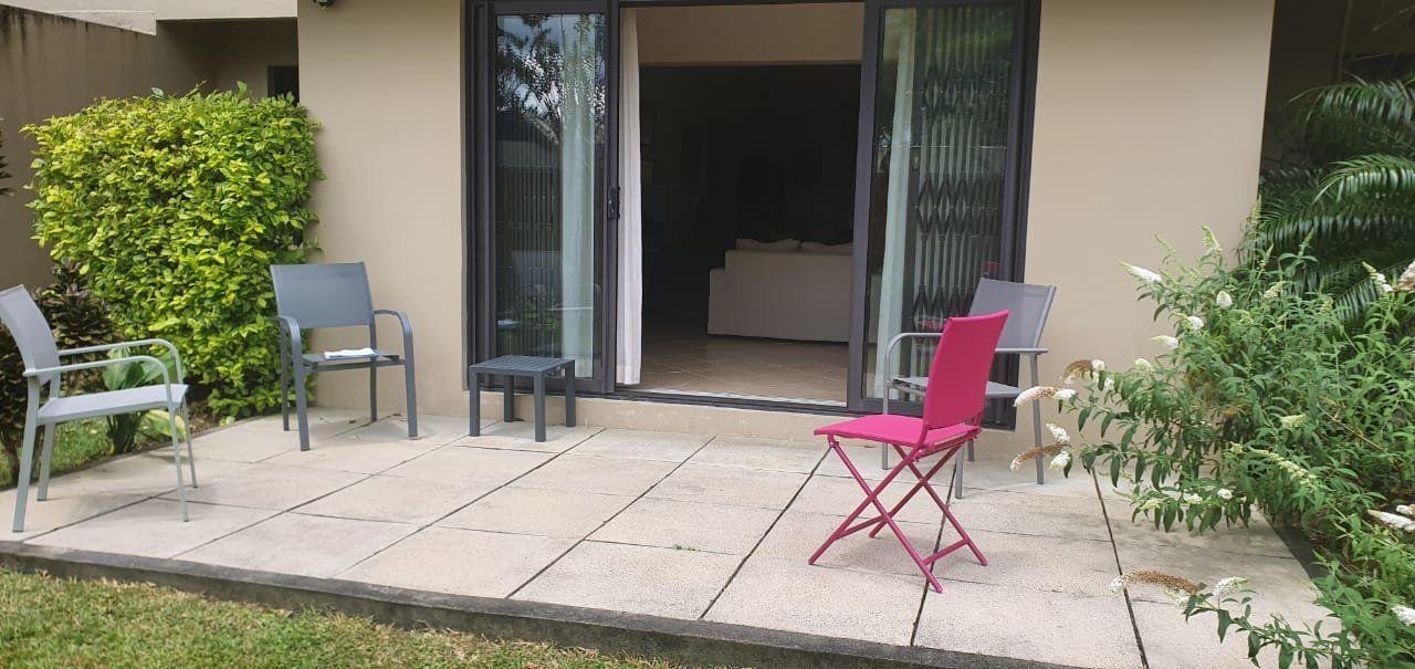 Appartement à louer 4 130m2 à Ile Maurice vignette-6