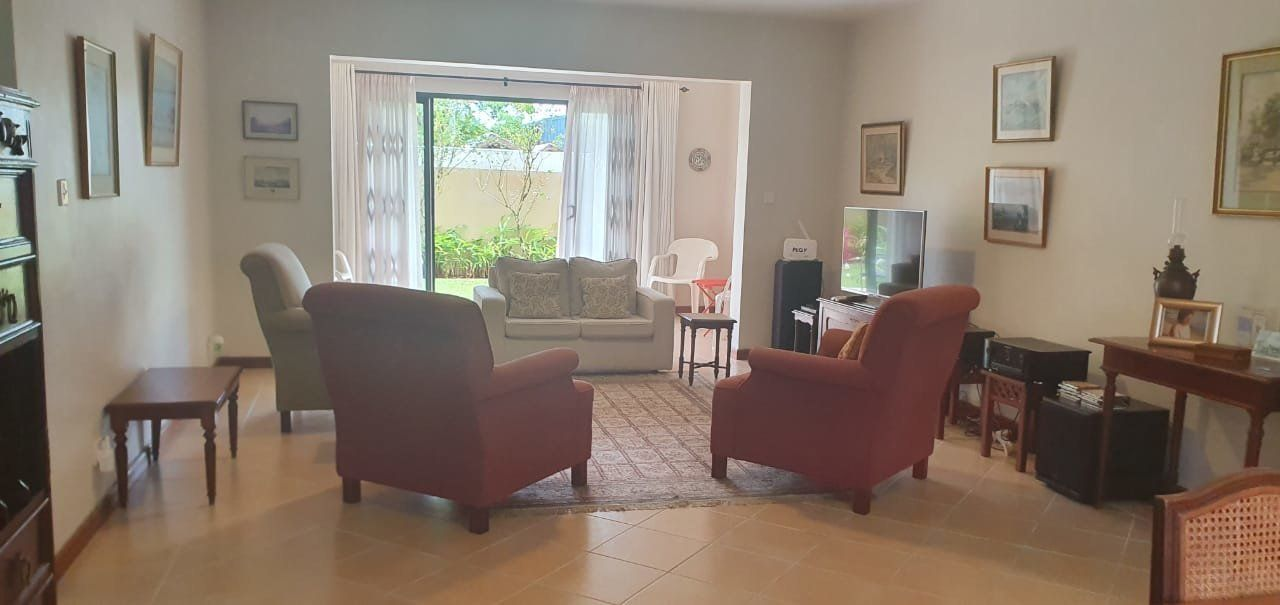 Appartement à louer 4 130m2 à Ile Maurice vignette-7
