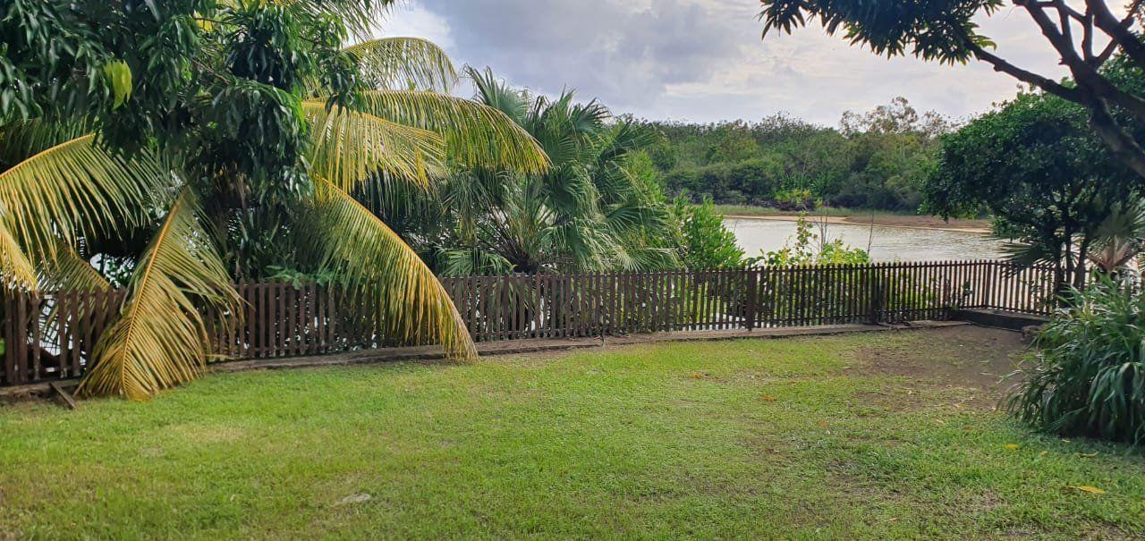 Maison à louer 5 275m2 à Ile Maurice vignette-10