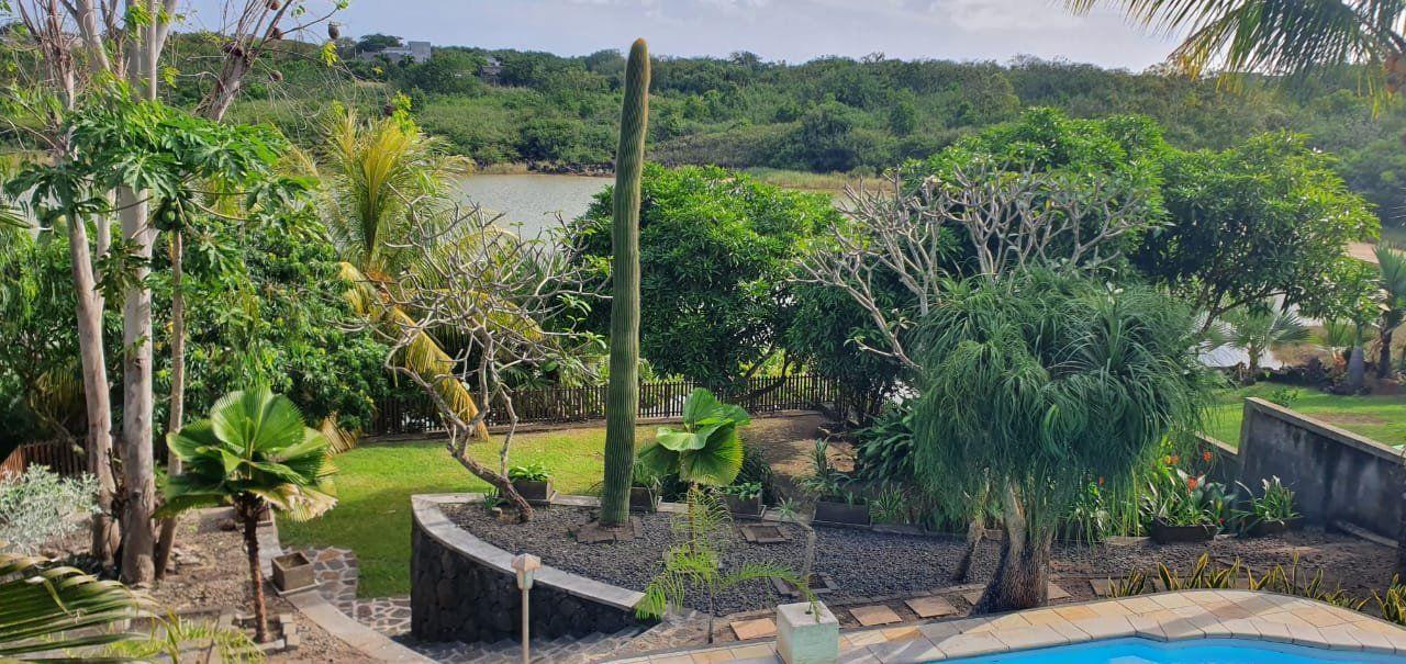 Maison à louer 5 275m2 à Ile Maurice vignette-22