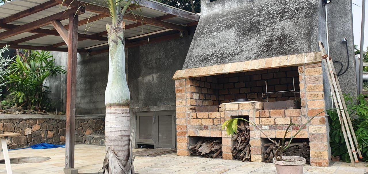 Maison à louer 5 275m2 à Ile Maurice vignette-12