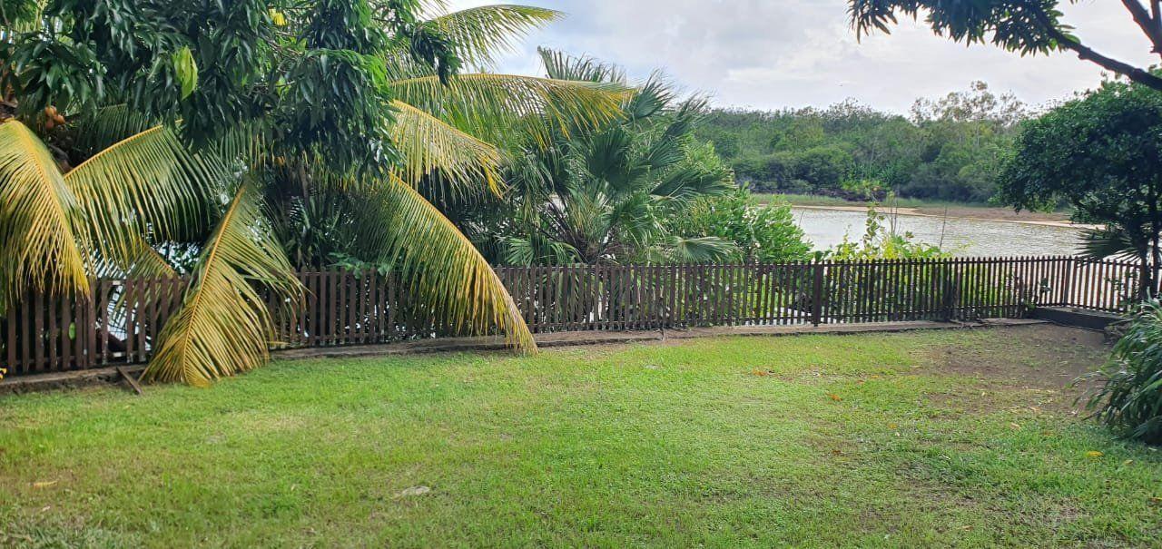 Maison à louer 5 275m2 à Ile Maurice vignette-11