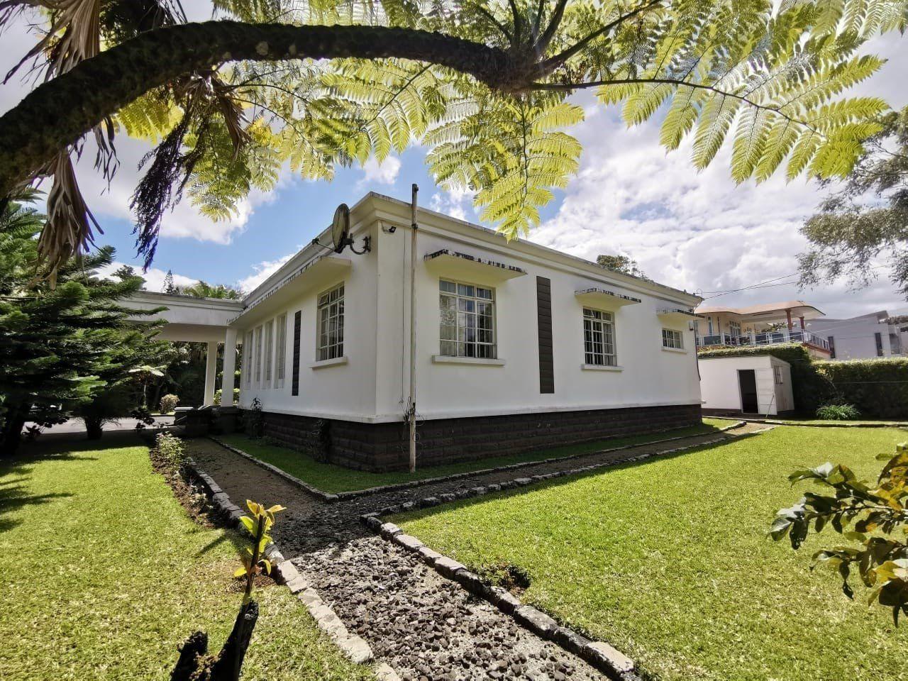 Maison à louer 8 160m2 à Ile Maurice vignette-4