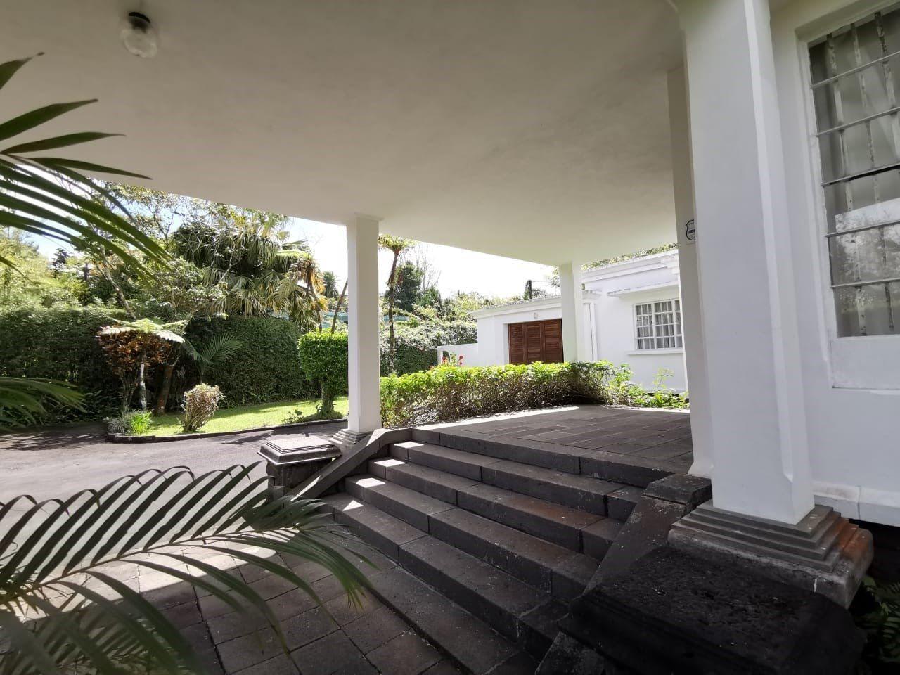 Maison à louer 8 160m2 à Ile Maurice vignette-6