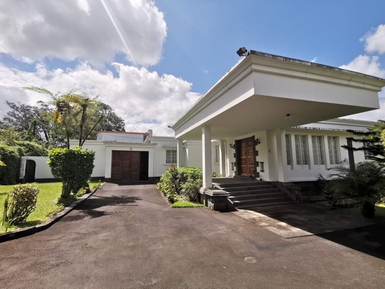 Maison à louer 8 160m2 à Ile Maurice vignette-1
