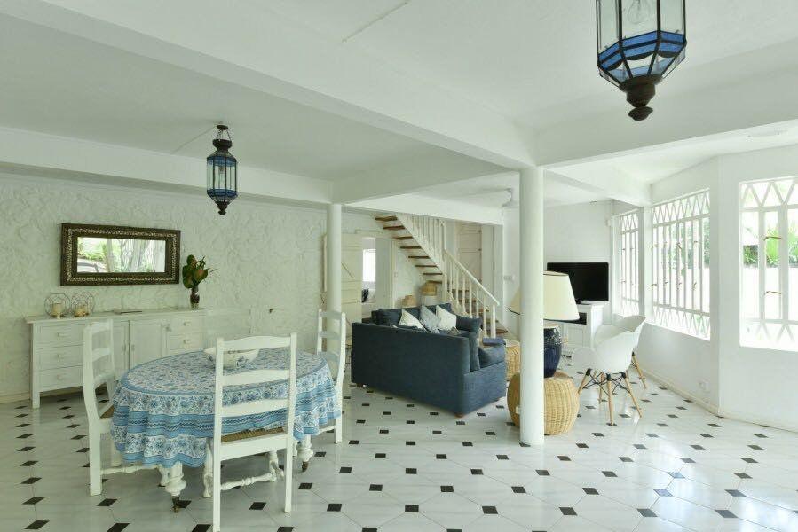 Maison à louer 8 300m2 à Ile Maurice vignette-2