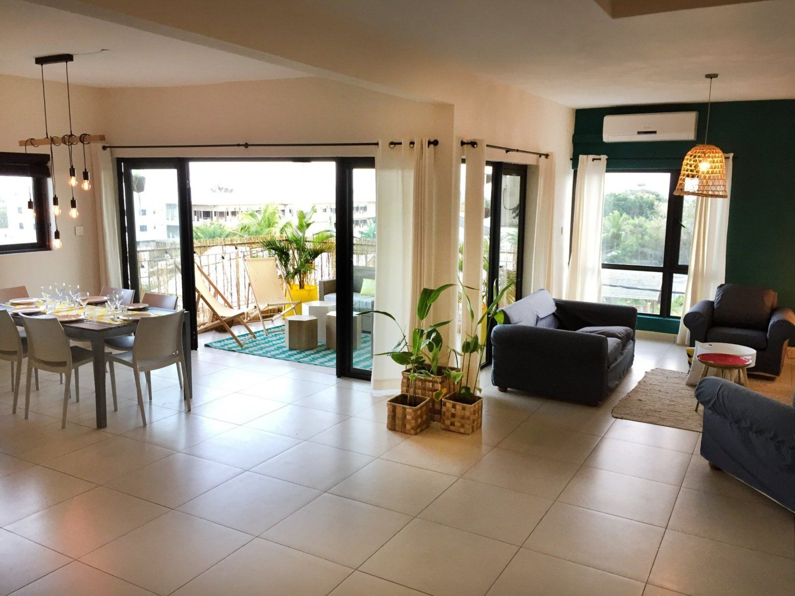 Appartement à louer 5 176m2 à Ile Maurice vignette-1