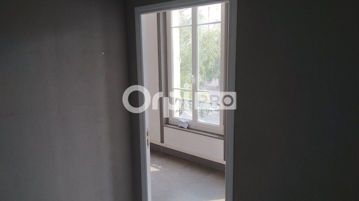 Bureau à louer 0 18m2 à Reims vignette-3