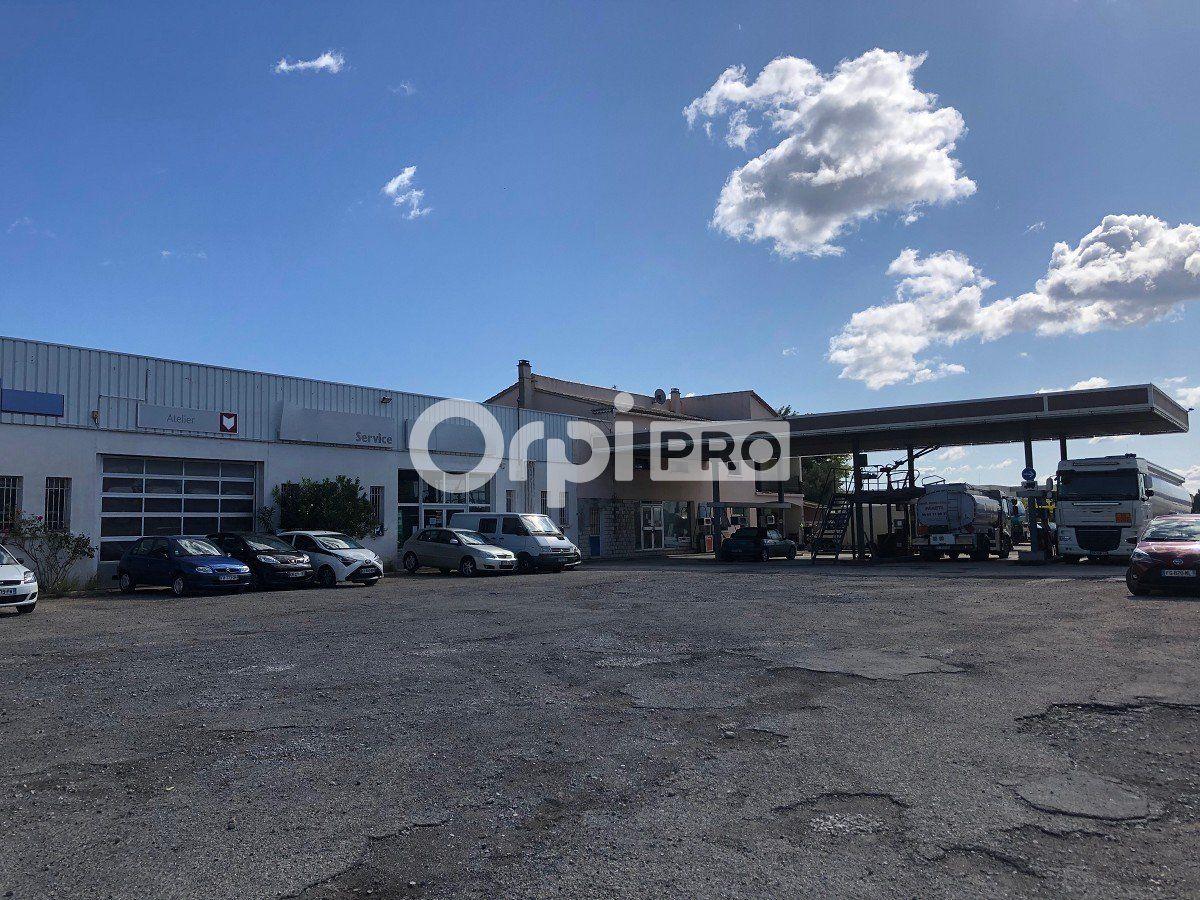 Entrepôt à louer 0 900m2 à Laudun-l'Ardoise vignette-2