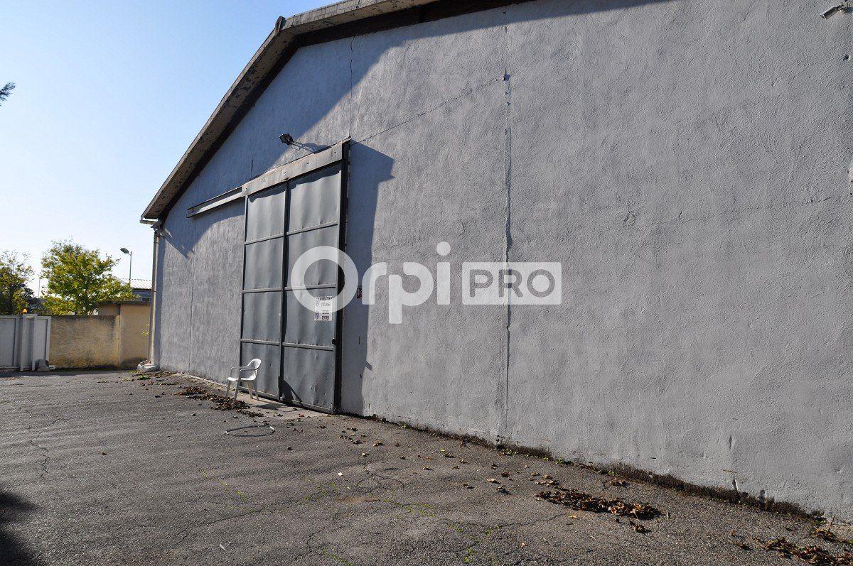 Entrepôt à louer 0 1765m2 à Aix-en-Provence vignette-5