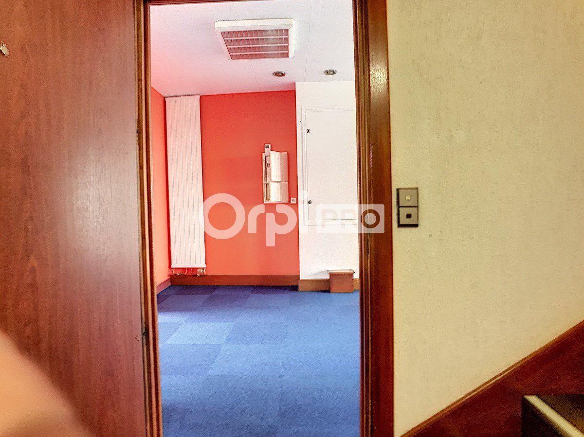 Bureaux à louer 0 130m2 à Moulins vignette-6