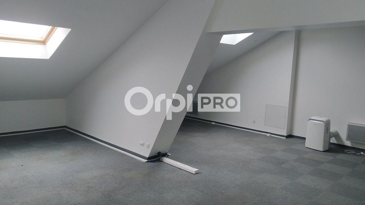 Bureau à louer 0 96m2 à Reims vignette-4