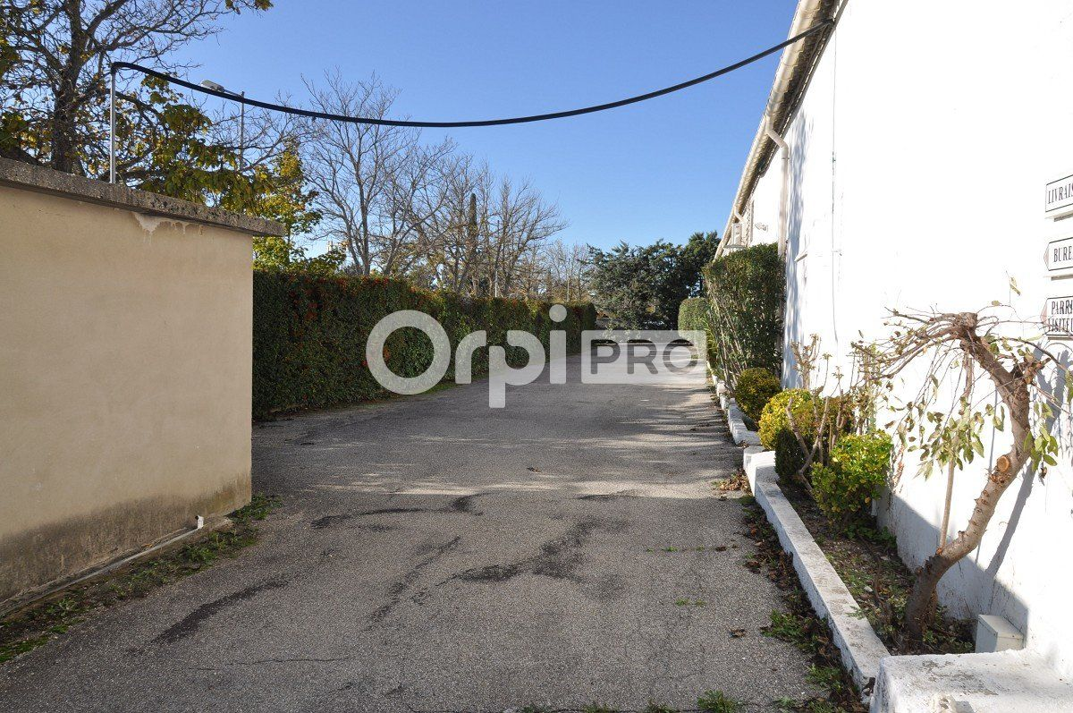 Entrepôt à louer 0 1765m2 à Aix-en-Provence vignette-7